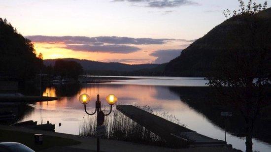 Hotel Restaurant de l'Embarcadere : Le lac