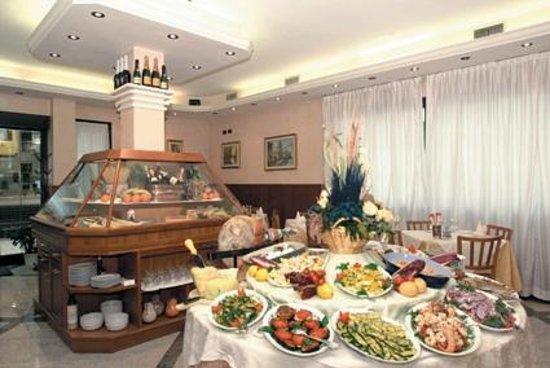 La sala da pranzo picture of ristorante kristall monghidoro tripadvisor - Paul signac la sala da pranzo ...