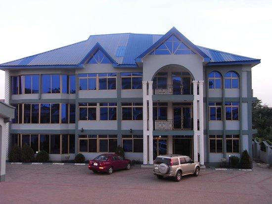 Senator Hotel : Conference Centre and Restaurant