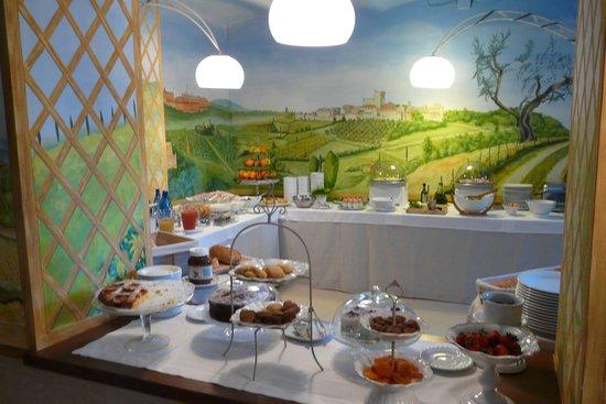 Hotel Villa Campomaggio Resort & Spa: Ottima colazione
