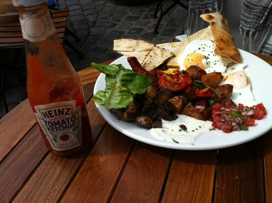 The Bristolian Cafe: Brunch