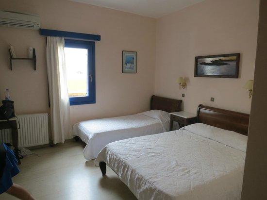 Pelican Hotel: room 17