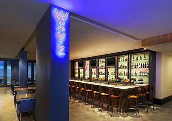 Aloft Silicon Valley: W XYZ Bar