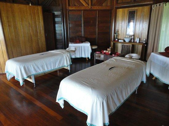 Conrad Bora Bora Nui: The INCREDIBLE Hina Spa. Treatments and staff are outstanding!