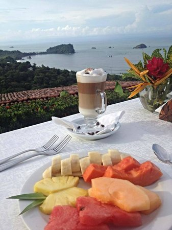 Le Papillon Restaurant : Good morning MARIPOSA