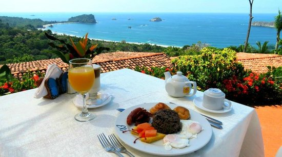 Le Papillon Restaurant : Best breakfast location ever