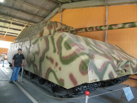 "Kubinka, Russland: The famous German tank ""Mouse"""