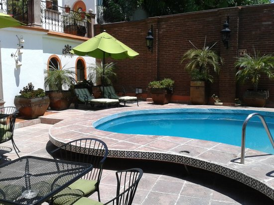 Hotel Quinta Rio Queretaro: alberca