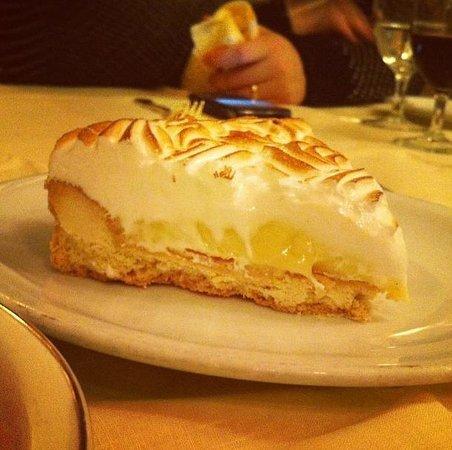Harry Cipriani Restaurant: lemon pie