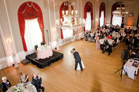 The Yorktowne Hotel: Wedding in the Ballroom
