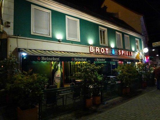 Brot & Spiele, Mariahilfstraße.