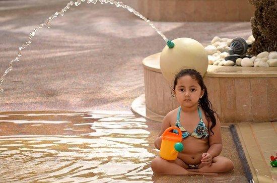 Al Raha Beach Hotel: Deep thought