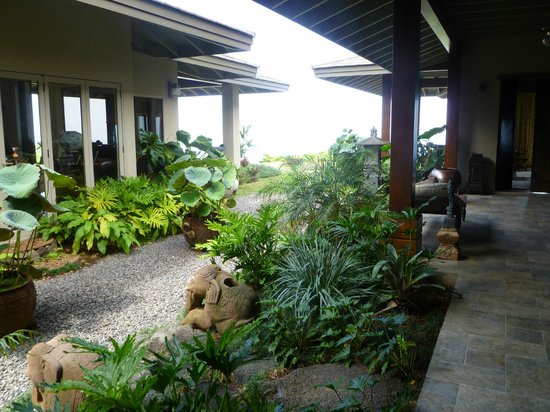 Home Tours Hawaii: Beautiful Homes And Gardens