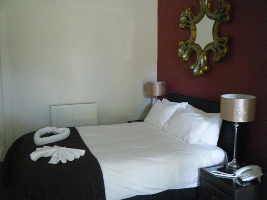Edinburgh Minto Hotel: Bedroom