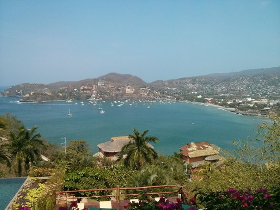 Casa Cuitlateca: Perfect view of Zihuatanejo Bay