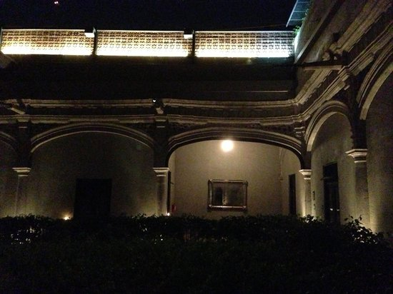 Hotel Downtown Mexico: Grounds