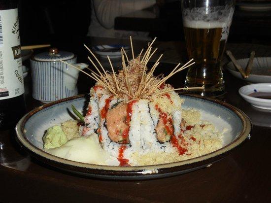 Shuraku Sake Bar & Bistro : Volcano roll at Shuraku