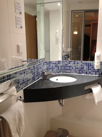 Holiday Inn Express Edinburgh - Royal Mile: Clean & comfy