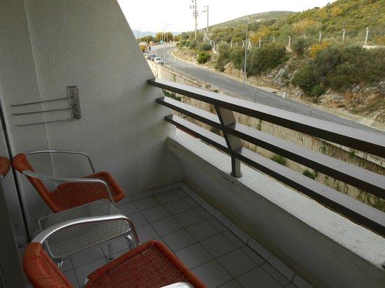 Korumar Hotel De Luxe: Balcony