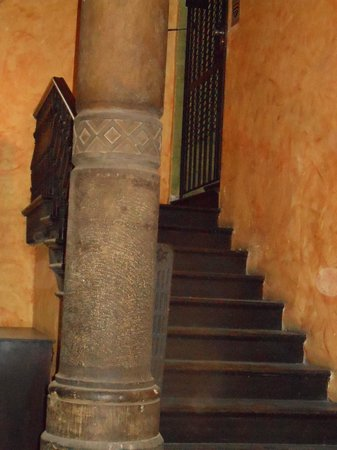 Tango House Bed & Breakfast: This column attests to the historical charm