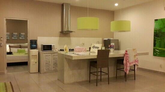 Bali Cosy Villa: kitchen area