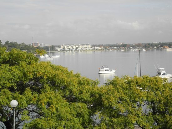 Banjo Paterson Cottage Restaurant: view from the restaurant of the Parramatta River