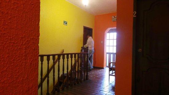 Hostal Arco del Sol: Diseño de interiores