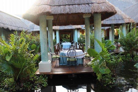 Grand Palladium Kantenah Resort & Spa: Mediterranean restaurant