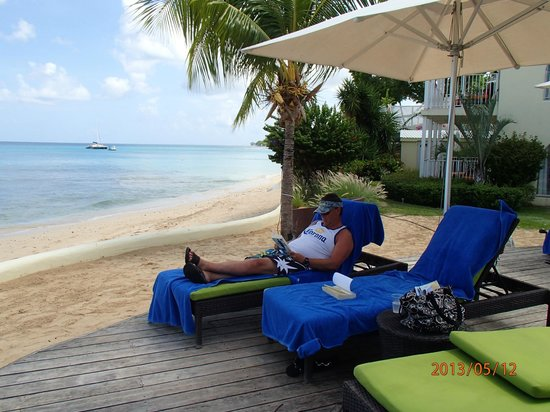 Tamarind by Elegant Hotels: View of the Beach
