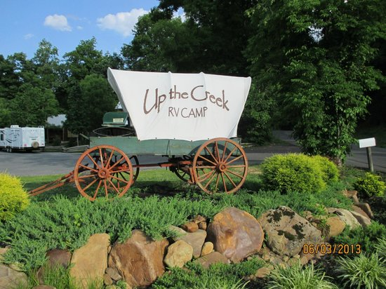 Up the Creek RV Camp : covered wagon