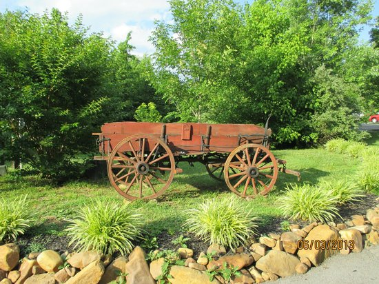 Up the Creek RV Camp : old wagon