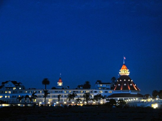 Dan McGeorge Gallery: Hotel del Coronado at Night