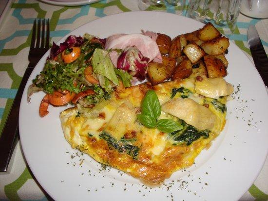 Casa di Maio: Yummy breakfast!