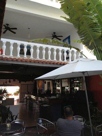 Flamingo Hotel: Courtyard