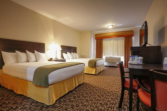 Holiday Inn Express Oakdale : Two queen bed room