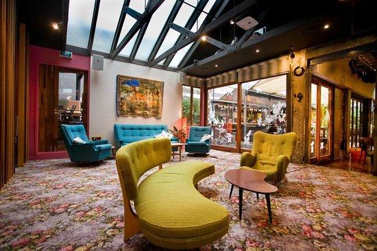 Southern Cross Garden Bar Restaurant: Guest Room