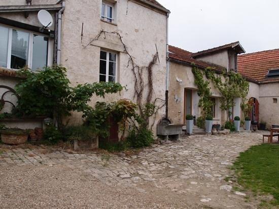 Gites De La Ferme Des Moulineaux: Add a caption