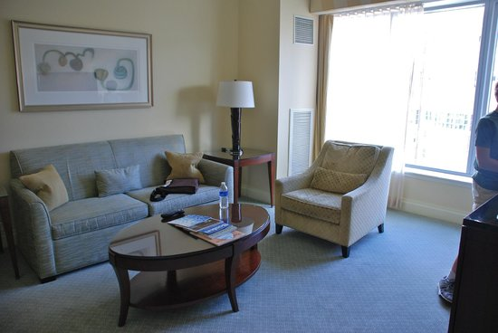 The Ritz-Carlton, Boston: Executive Suite Living area