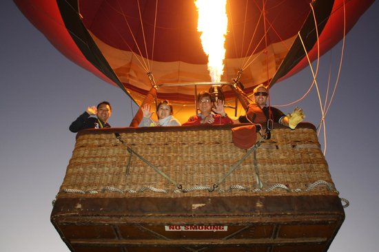 Hot Air Balloon Down Under: Balloon Down Under