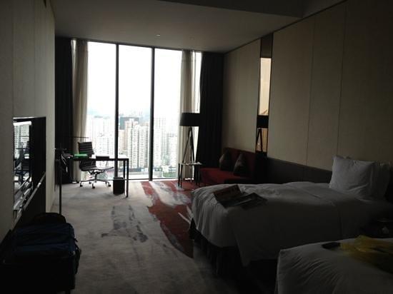 Hilton Guangzhou Tianhe: Twin Club room