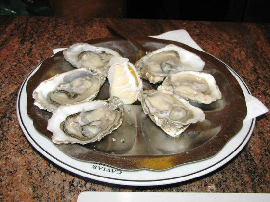Caviar House Oyster Bar : rock oysters