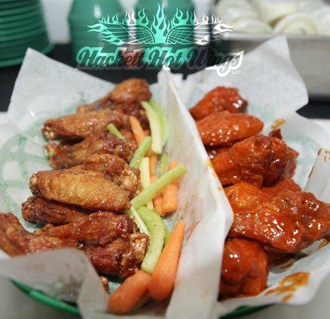 Hackett Hot Wings: Dry Rub and Sauce Wings