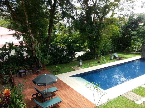 باساجا هوليداي ريزيدنس: New pool deck
