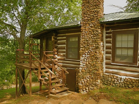 Wilderness Lodge: Jacks Cabin, built by hand of logs and stones in 1909. giant porch that overlooks the river vall