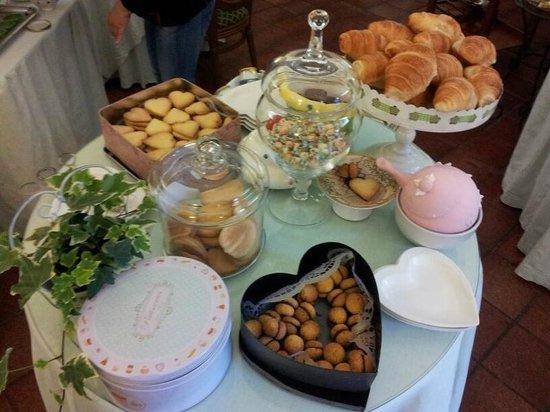 Villa Euchelia Resort: Ontbijt
