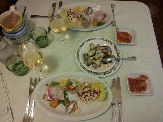 Villa Euchelia Resort: Diner!