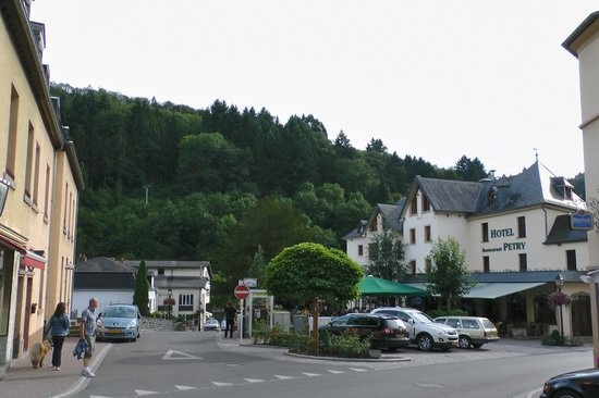 Hotel Petry: From the Main Street