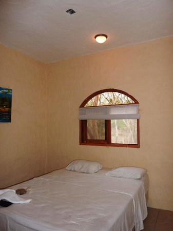 Surf Ranch Hotel & Resort: No furniture or ceiling fan