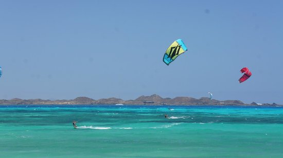 Flag Beach Windsurf & Kitesurf Centre