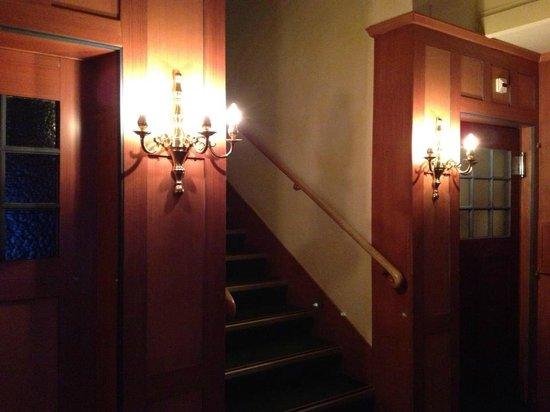 Hotel Regina: Lobby